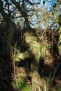 I saw this branch years ago and in the light it looked like Jesus, broken, with a crown of thorns. Maybe I was having a 'moment' or maybe it was the light, the viewpoint, the thoughts in my head, who knows...